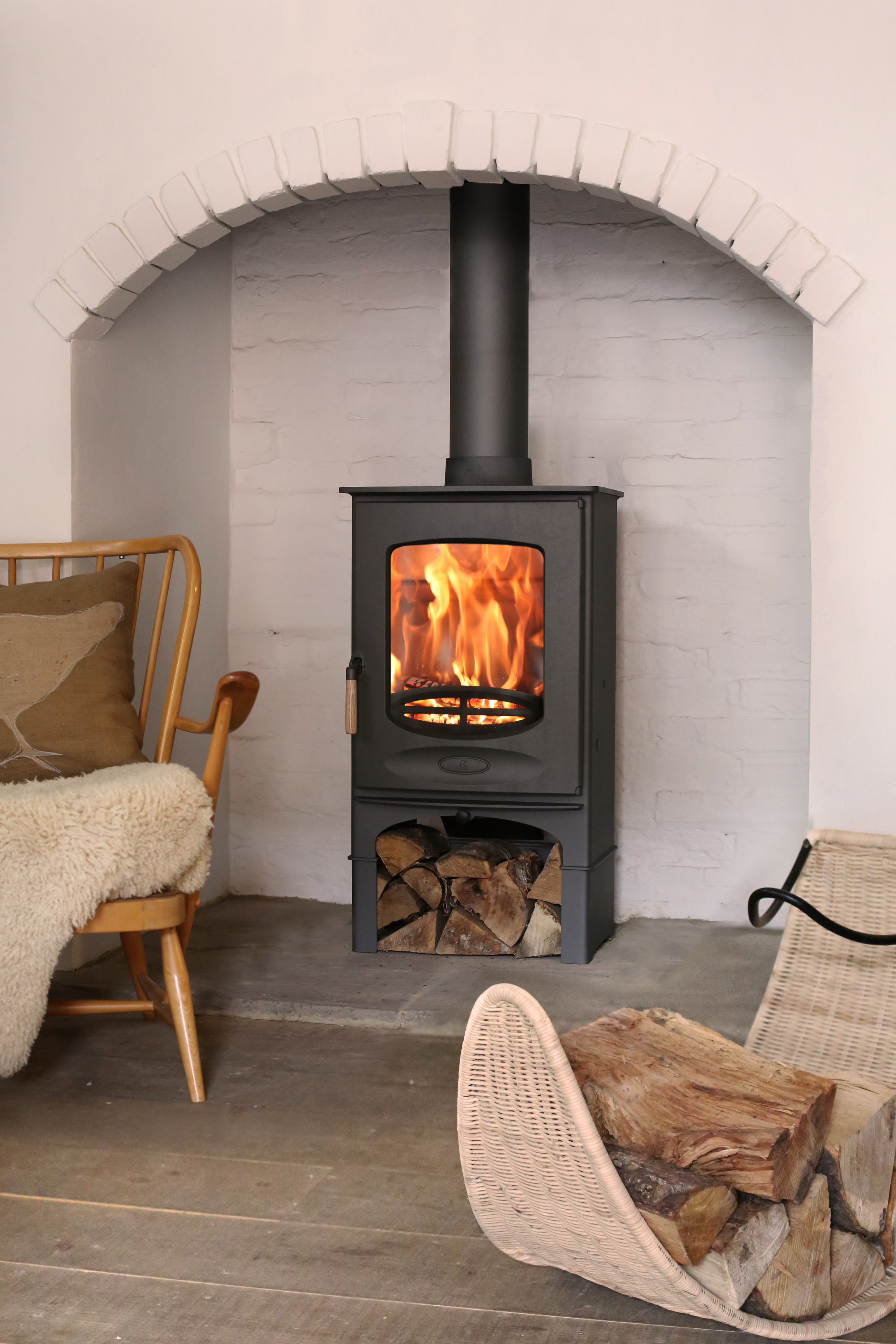 Charnwood C-Eight closed combustion fireplace