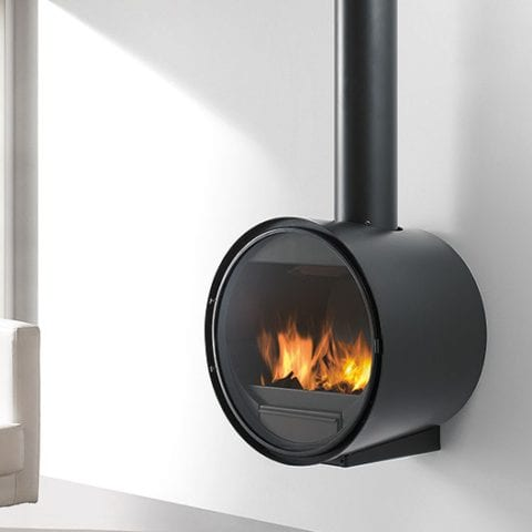 D7 - Closed combustion fireplace